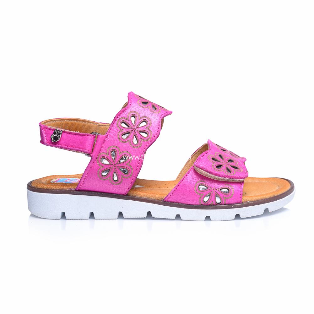 Босоніжки 240  купити дитяче взуття онлайн dbcf471532edb