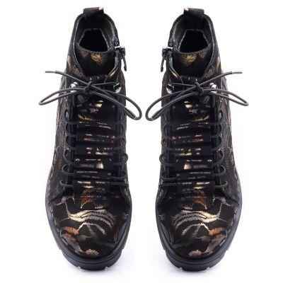 Ботинки для девочек 834