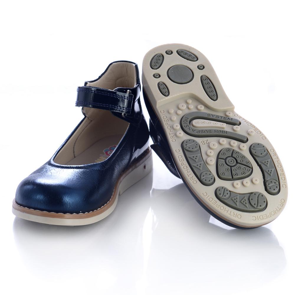 f0a9b9f3cf59fa Дитяче шкільне взуття для хлопчиків та дівчаток бренда Theo Leo